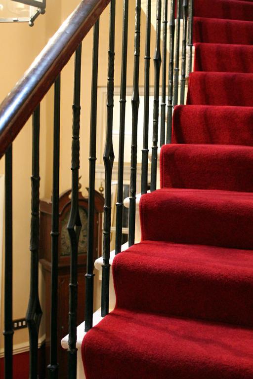 Inner Stairway