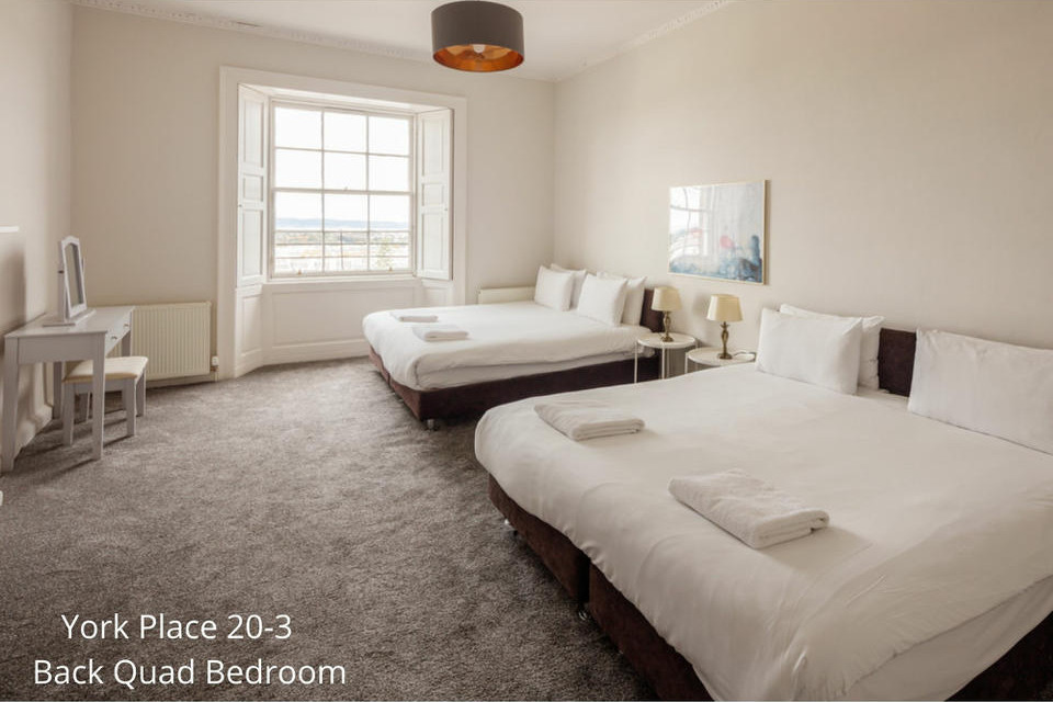 Apt 20/3: Bedroom