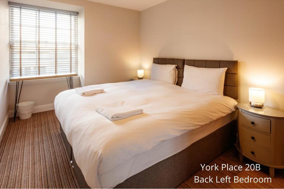 Apt 20B: Bedroom