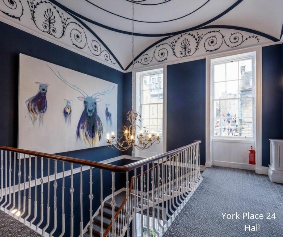 24 York Place: Stair