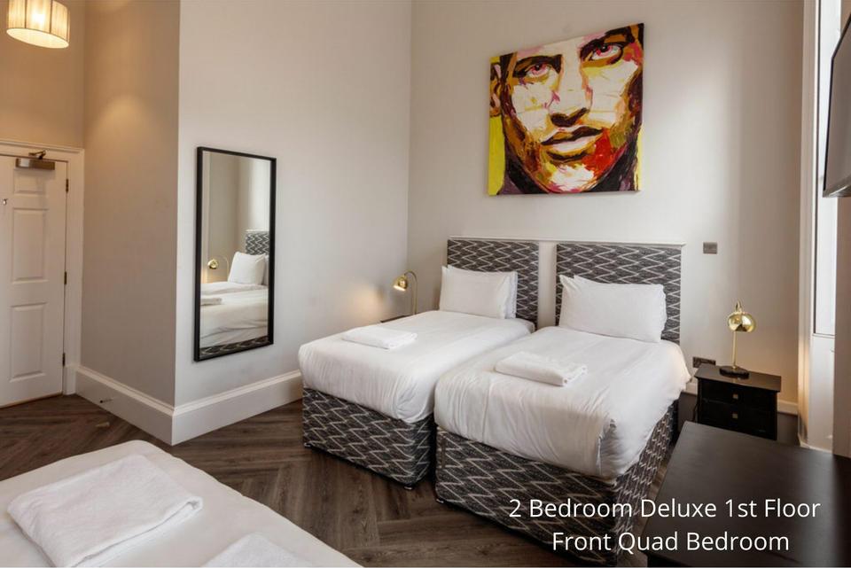 Apt 24/2: Bedroom