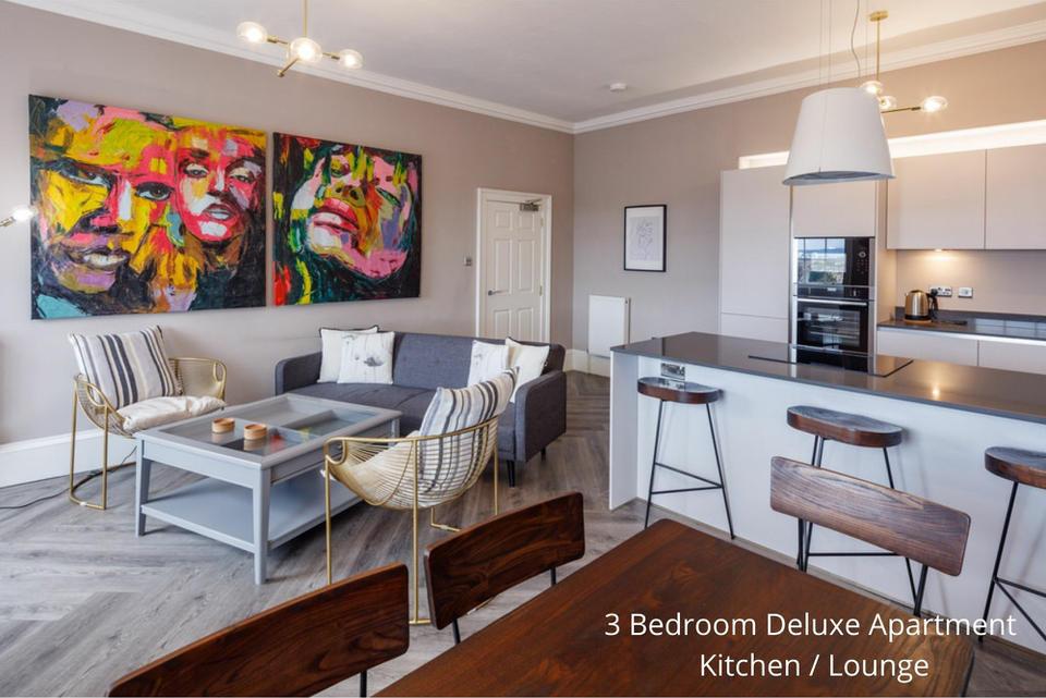 Apt 24/3: Living area