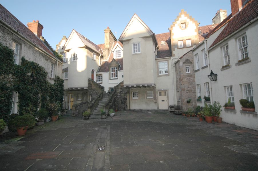 Edinburgh Apartments 9 White Horse Close Old Town