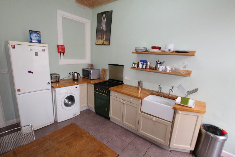 Edinburgh Apartments: Large 3 Bed Apartment In Old Town ...