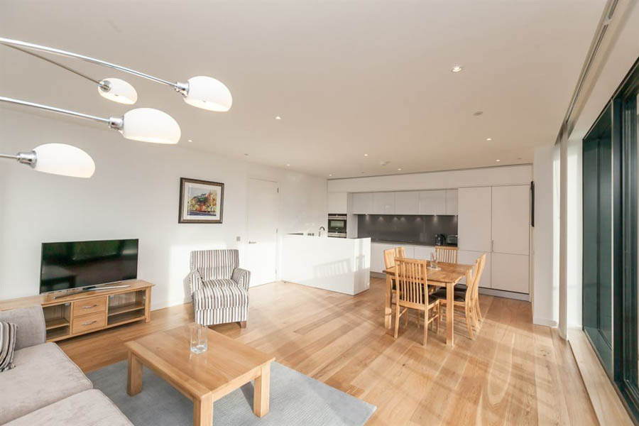 Open Plan Living / Dining / Kitchen Area