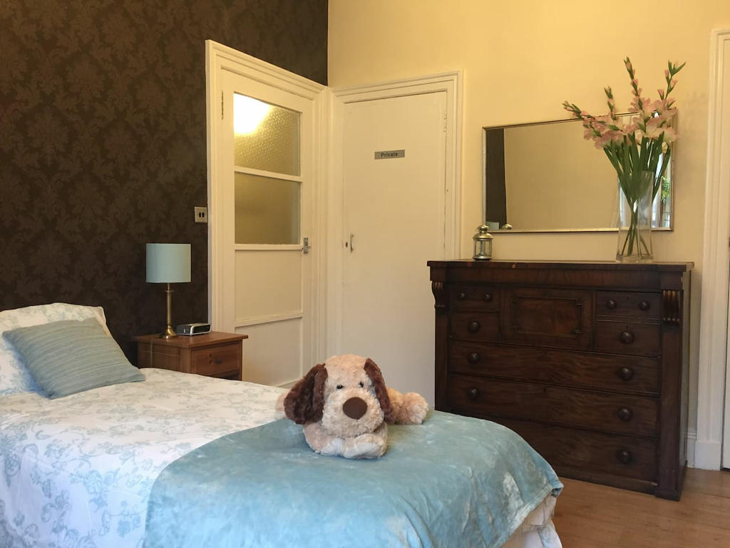 Welcome! Our lovely cosy apartment sleeps 4 (twin bedroom and double sofabed in the lounge.