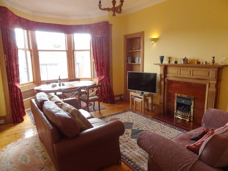 Living Room & Dining Area