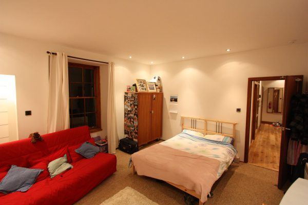 Bedroom with Double bed and sofa bed