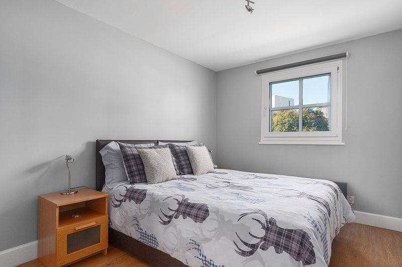 Bedroom 1 (Both bedrooms can be configured as a King Bed or 2 single beds)