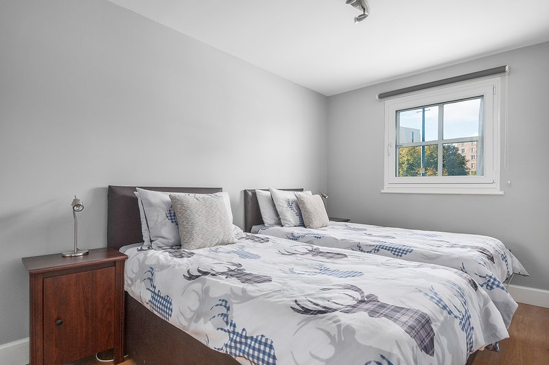 Bedroom 2 (Both bedrooms can be configured as a King Bed or 2 single beds)
