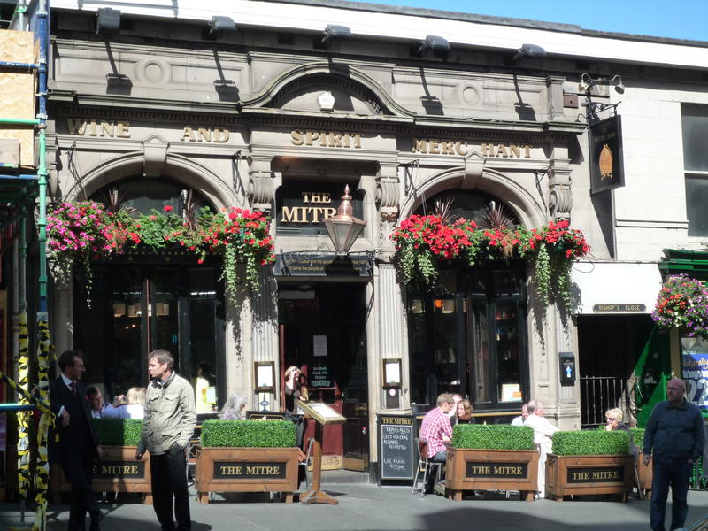 The Mitre, a pub on the Royal Mile