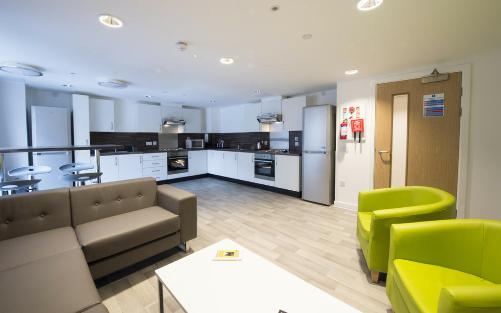 Edinburgh Apartments: Caledonian 9 Bedroom Apartments ...