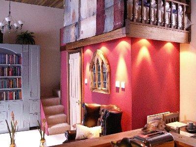 edinburgh apartments edinburgh castle snug old town. Black Bedroom Furniture Sets. Home Design Ideas