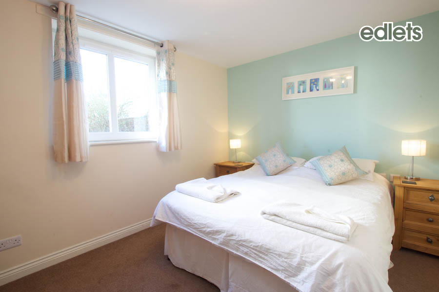 Grampian - Master Bedroom