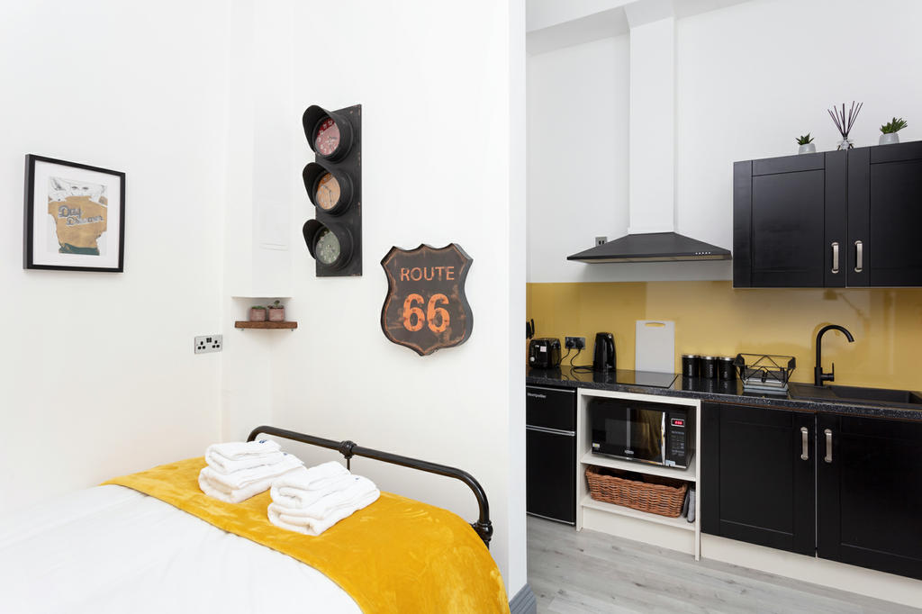 Double bed / Kitchen area