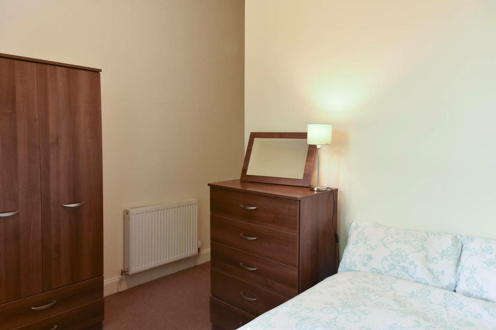 All 3 bedrooms have a chest of drawers with a mirror and a wardrobe to store your clothes.
